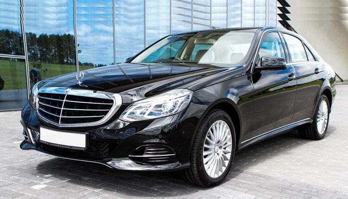Mercedes E class for private transfer in Bratislava