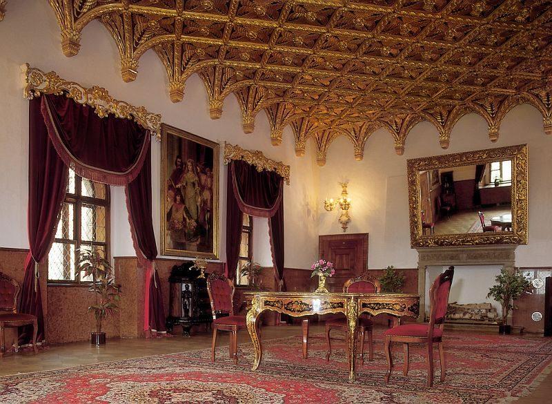 Day trip to Bojnice & Trencin. Bojnice castle interior