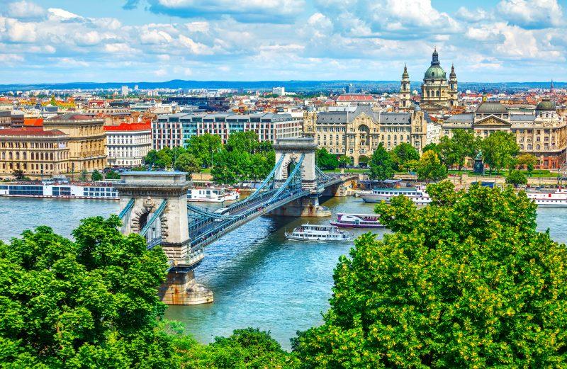 Day trip to Budapest, suspension bridge