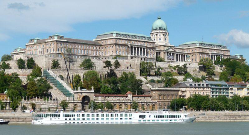 Day trip to Budapest, Buda castle