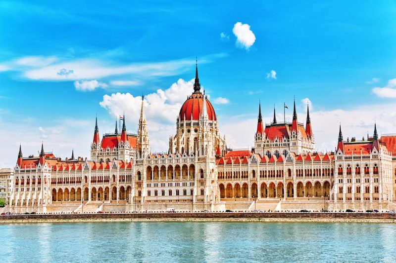 Regular City Tours in Budapest from Bratislava