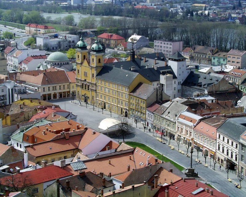 Day trip to Bojnice & Trencin, Trencin square
